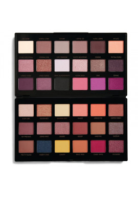 Makeup Revolution Eyeshadow Palette By Petra  28,8g